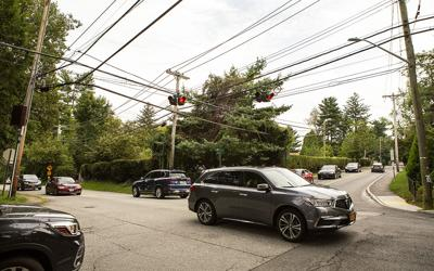 Report recommends traffic signal at Fort Hill and Ardsley roads