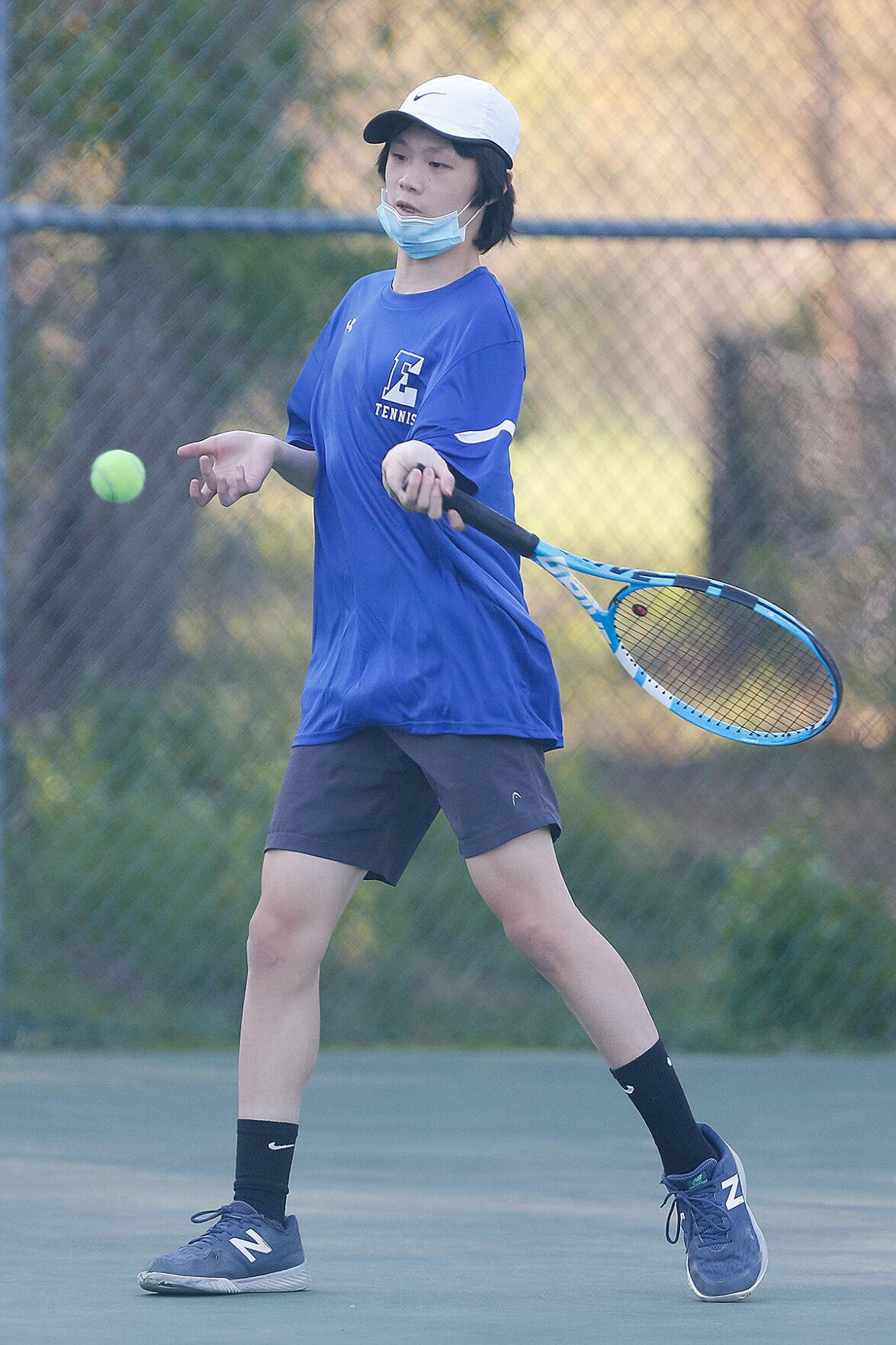 Edge tennis 427 Nicholas Peng 3.jpg