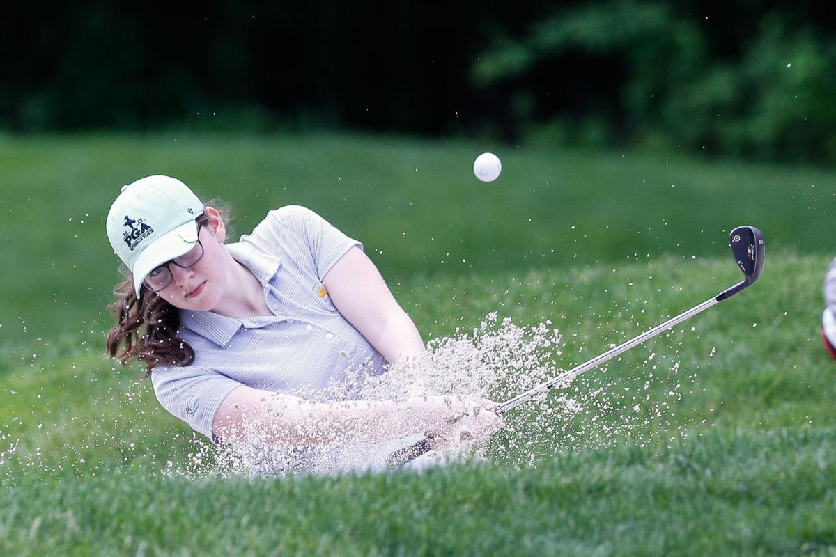 1 Girls golf Sc Lily Kronenberg.jpg