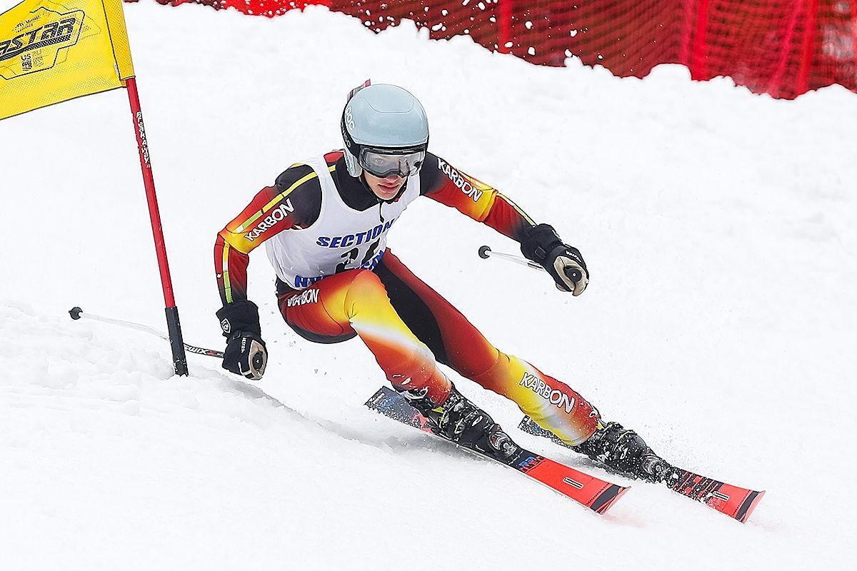 Boys ski 021020 Sc Jeremy Mann 1.jpg