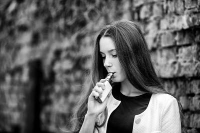 vaping image photo