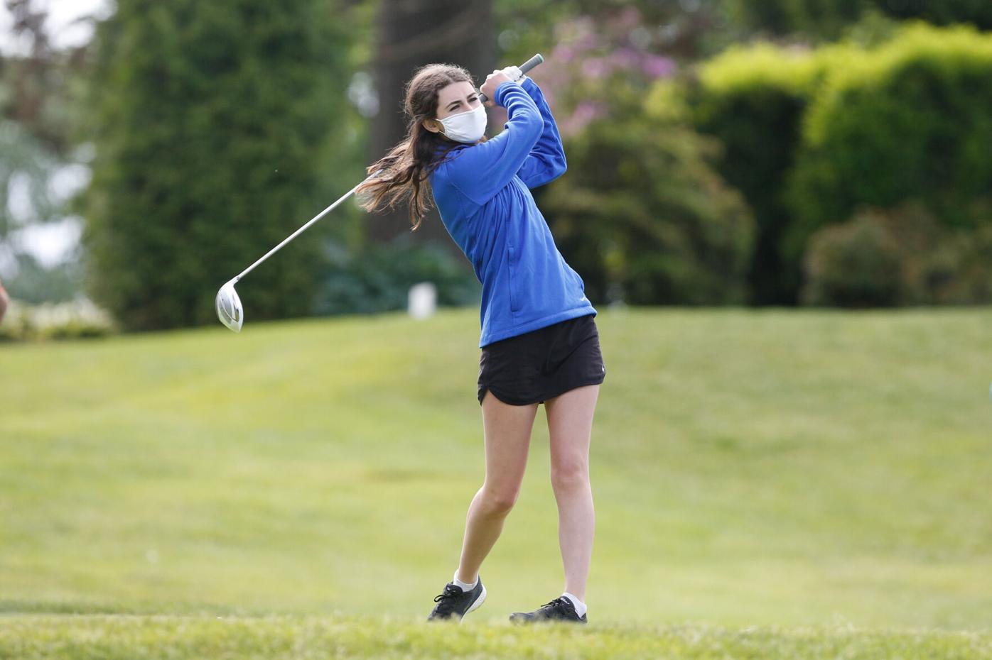 Edge girls golf Katie Asciutto 1.jpg