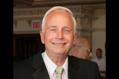 Dr. Louis Rubins photo