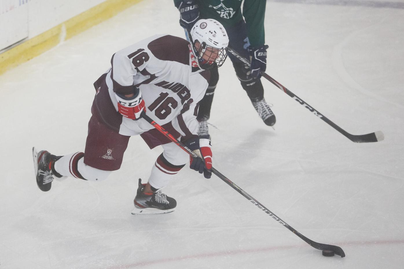 Sc ice hockey Brian Nicholas