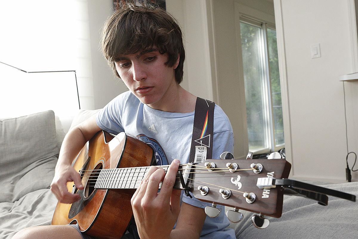 Toosi family Darius guitar 1.jpg