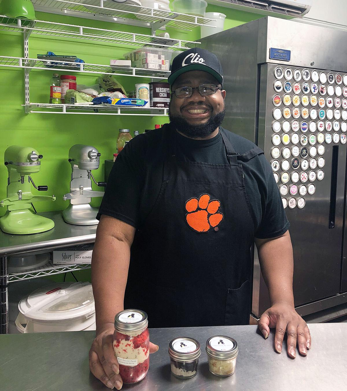 SweetLeighs Cakes earns $10,000 for community support during COVID