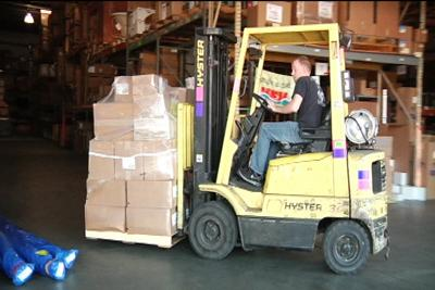 An Employee At Gateway Supply Near Myrtle Beach Unloads A Shipment Off Of Fed Ex Freight Truck Into The Plumbing S Warehouse