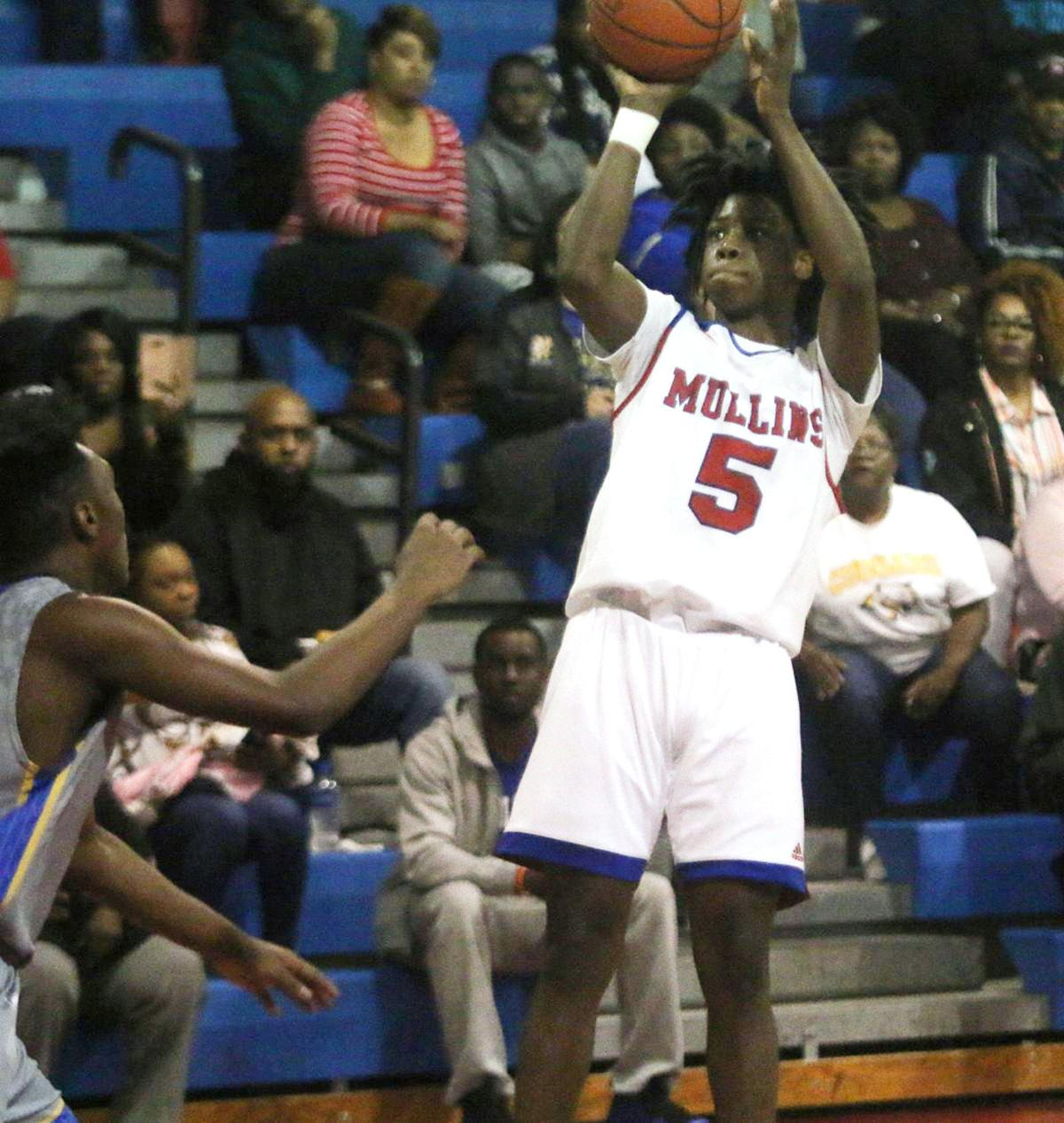 Mullins' Gilchrist named SCBCA Preseason Top 2A player