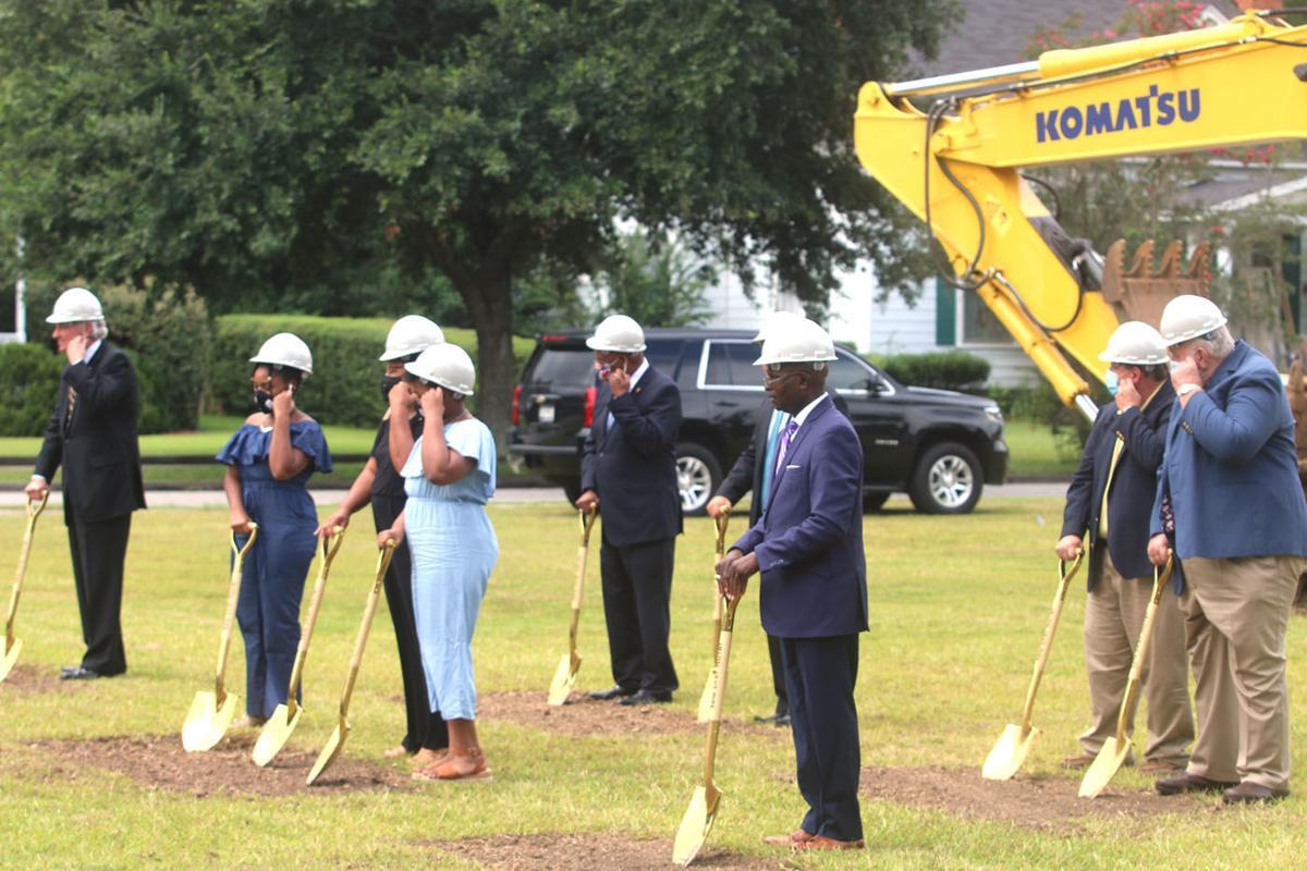 Marion County breaks ground on memorial park honoring Sen. Pinckney