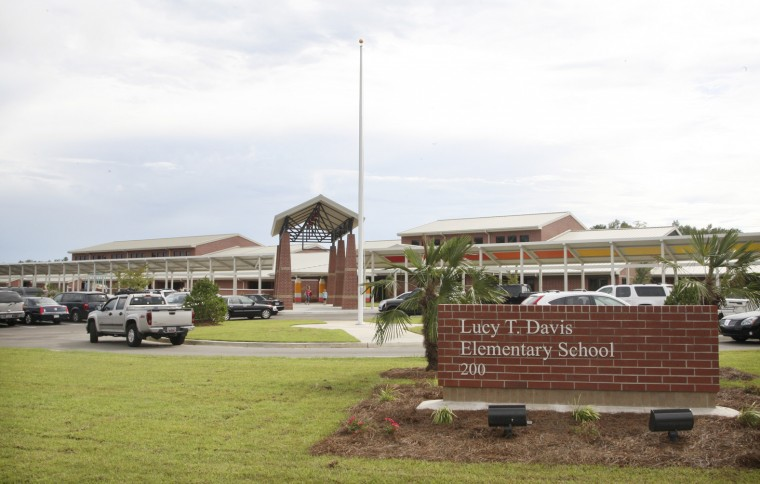 Florence S Lucy T Davis Elementary Opens Its Doors To The
