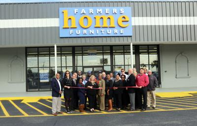 Farmers Home Furniture Opens In Florence Business Scnow Com