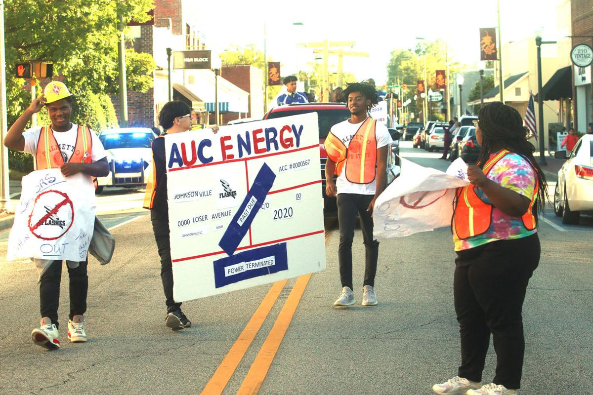 20191016_mse_sports_Mullins High School Homecoming Parade_p1