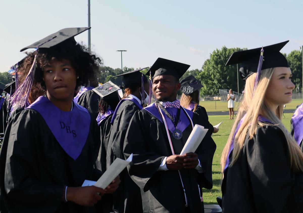 061221-fmn-news-darlington-grads-p2