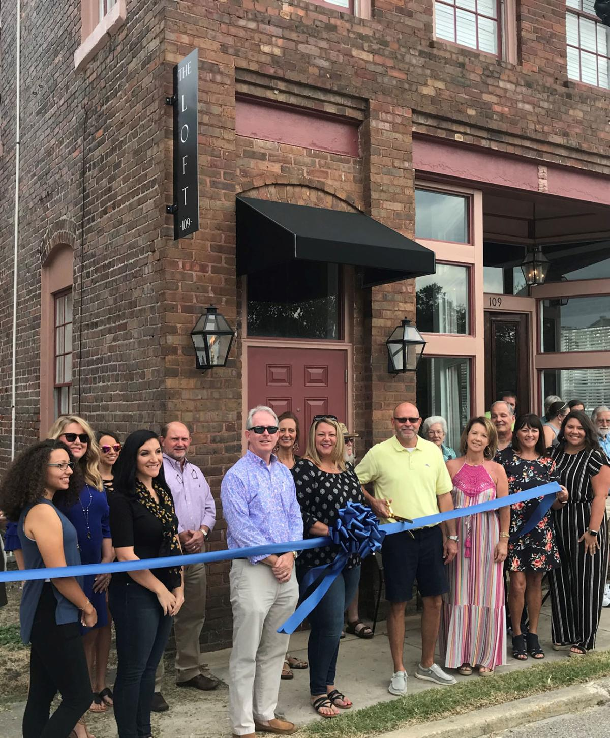 20191016_mse_news_Marion Chamber of Commerce hold ribbon cutting events_p2