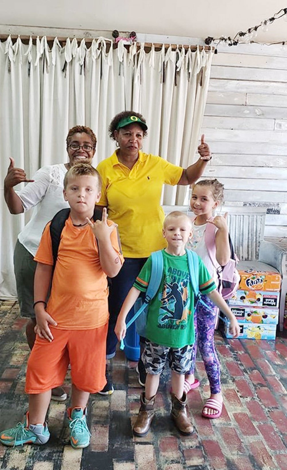Mullins military veterans give back to community with school supplies