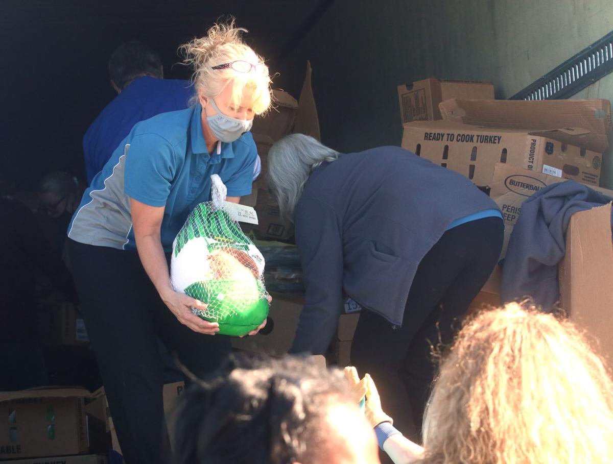 More than 300 turkeys distributed in Marion