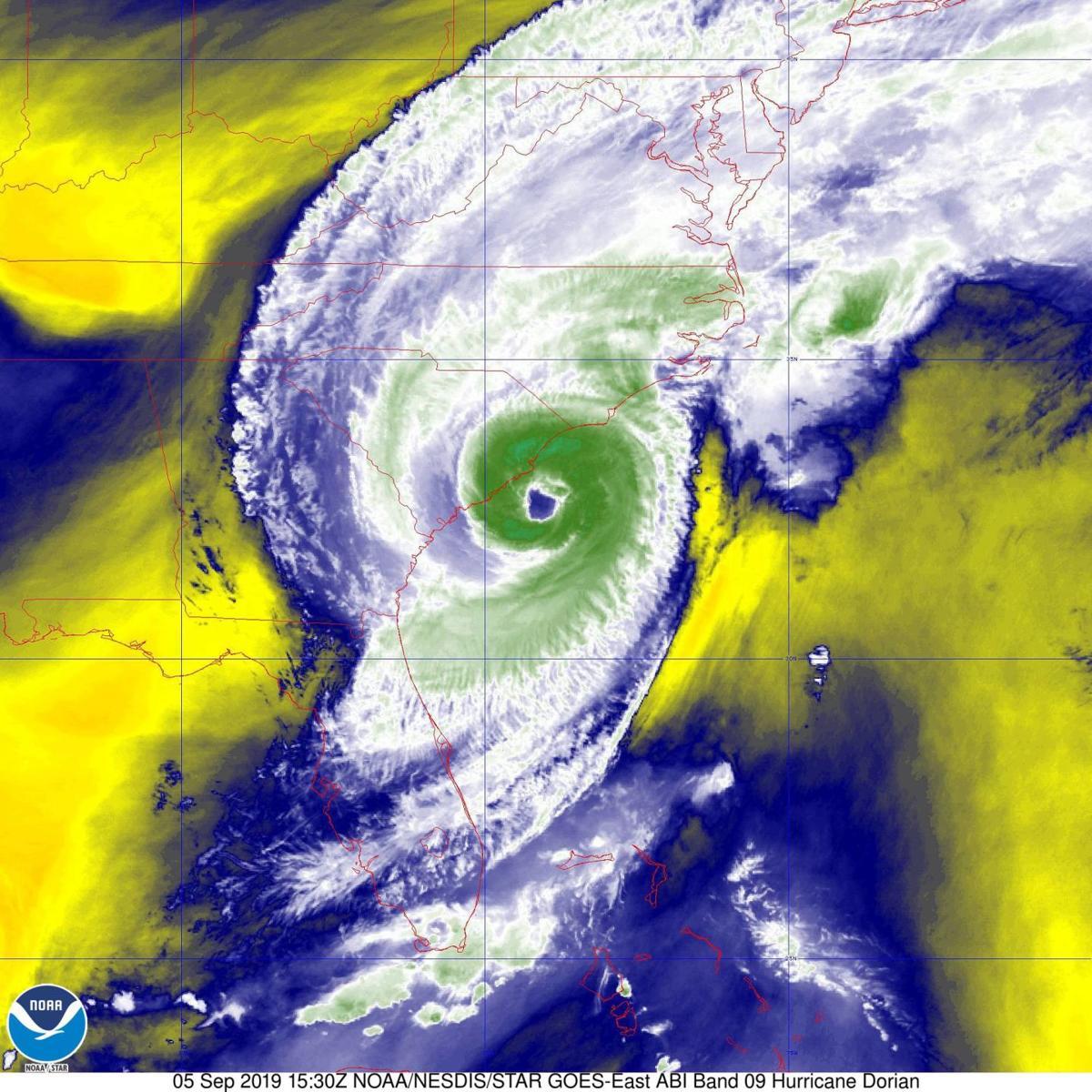 hurricane_tracker.png