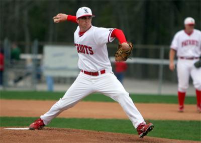 Marion native Jarrott Hooks a relief for FMU baseball