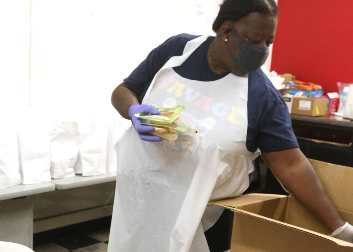 Performing Arts and Science Academy's Summer Break Café distributes free meals in Marion County