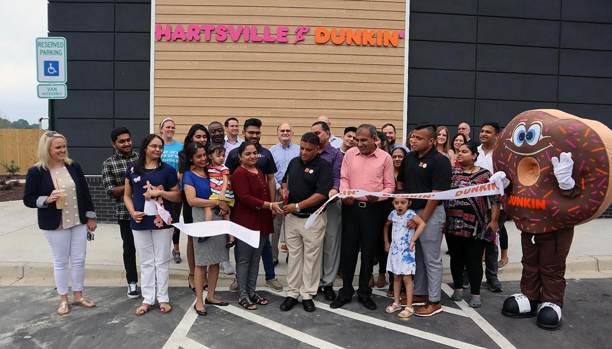 Dunkin' Donuts opens in Hartsville