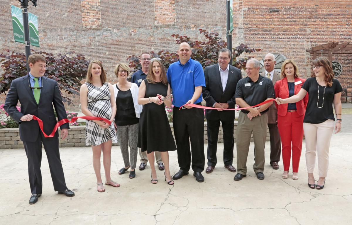 Ribbon cutting held for Vivid Network Solutions in Florence