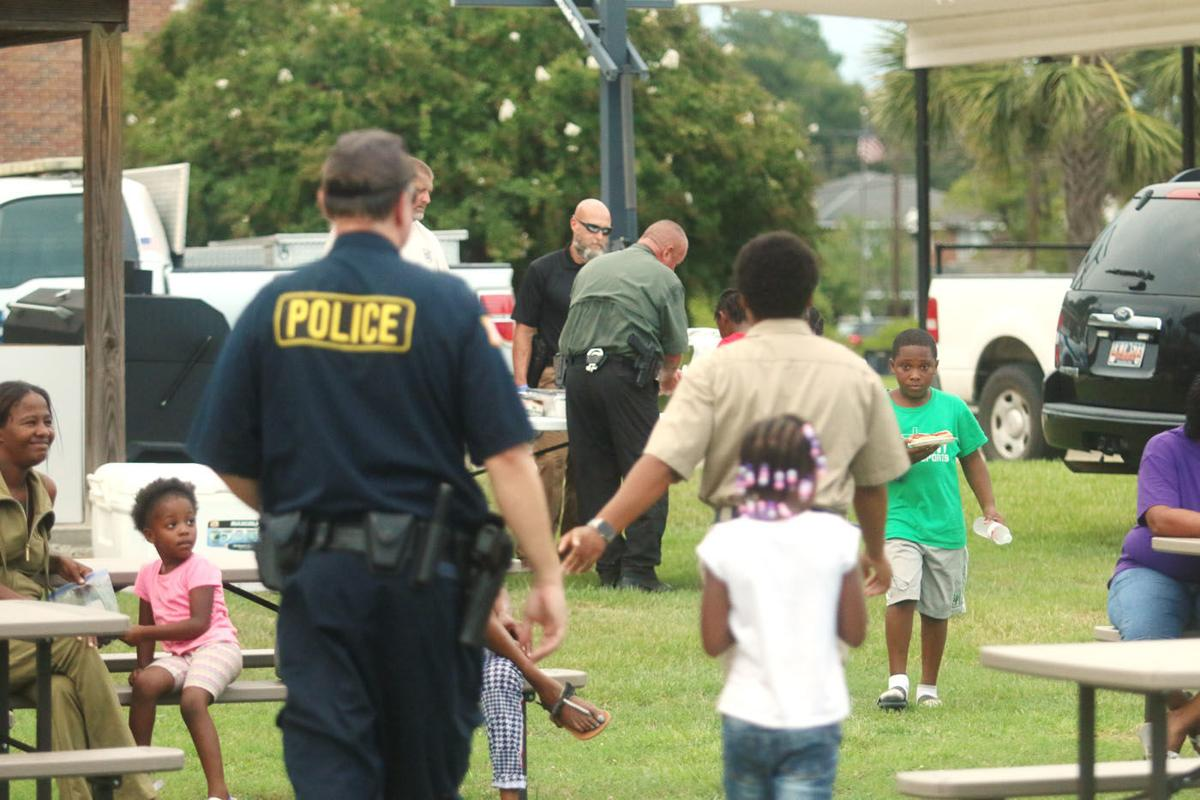 Mullins Police Department hosts National Night Out event