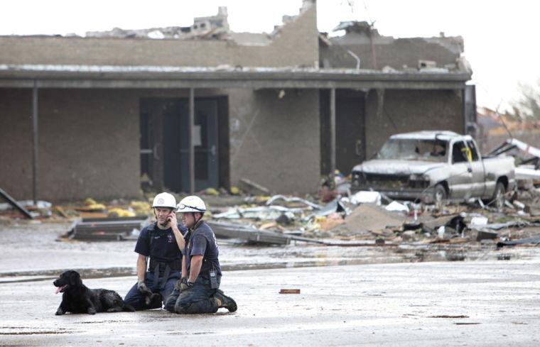 Crews dig through night after deadly Okla  twister | Nation | scnow com
