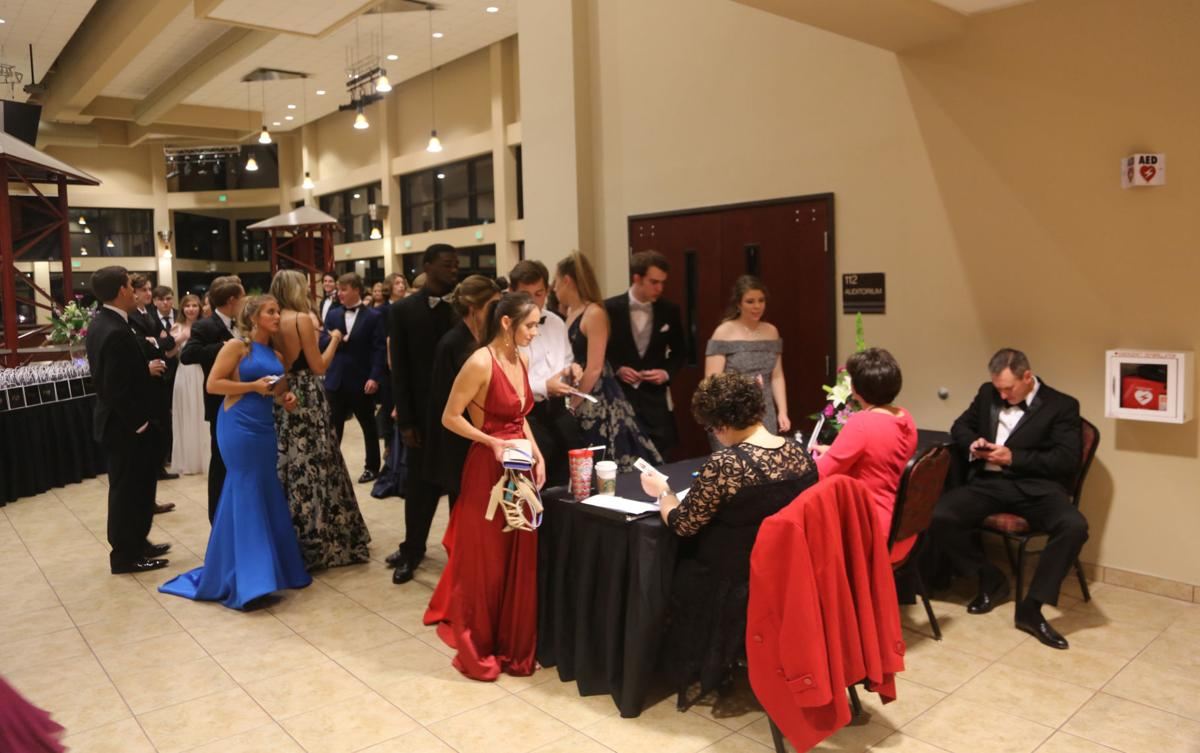 West Florence High School Prom | Gallery | scnow.com