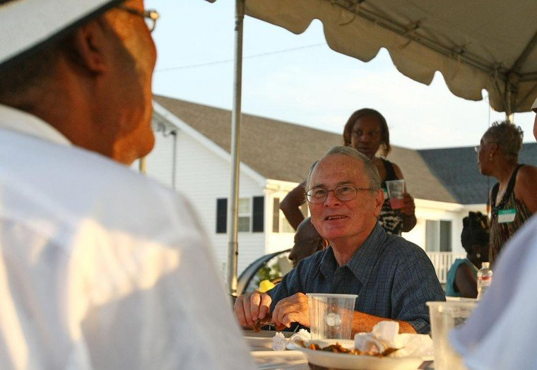 Slave descendants meet owner descendant at family reunion