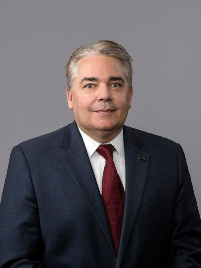 Robert Dozier named chief banking officer at First Reliance