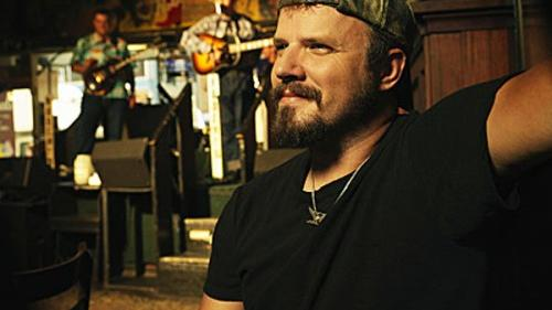 Jamey Johnson's unsmiling voice resurrects the outlaws of country music