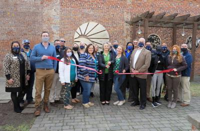 Cruise Planners/5 Star Journeys celebrates joining chamber with ribbon cutting