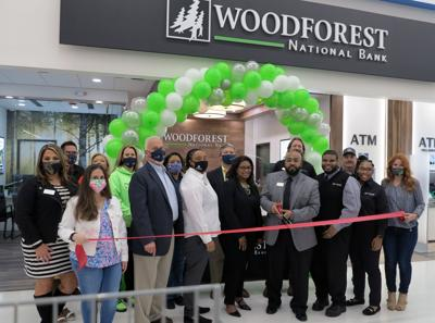 Woodforest National Bank opens in Irby Street Walmart
