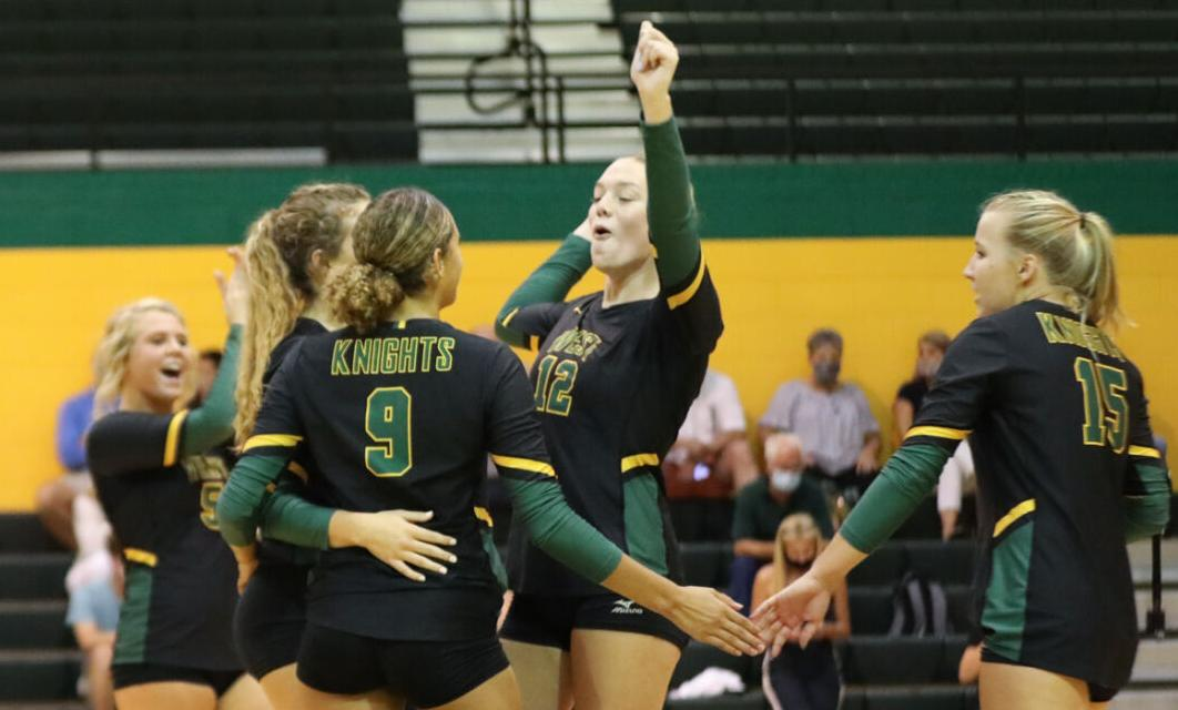 Volleyball West Florence Vs. Lakewood