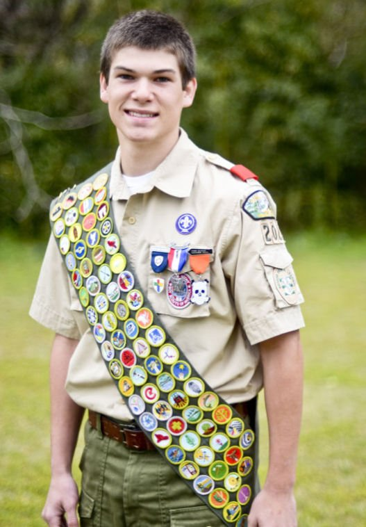 Sc Boy Scout Earns All 135 Merit Badges State Scnow Com