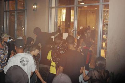 Scottsdale Fashion Square mall riot