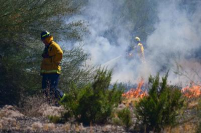 Scottsdale and Phoenix fire departments Grass Fire Risk