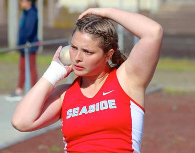 Seaside's Gretchen Hoekstre