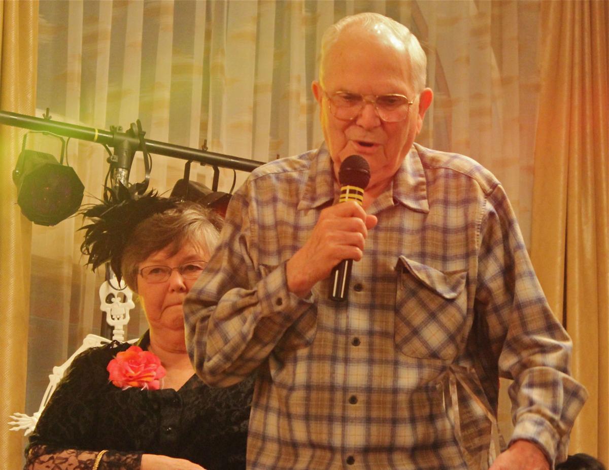 Longtime volunteer wins Seaside's Byron Award for 2015