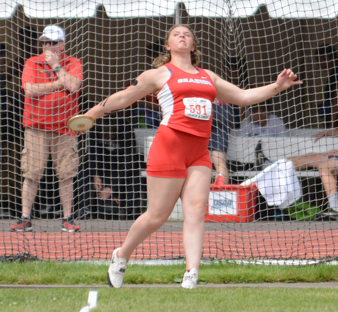 Gretchen Hoekstre, Seaside discus champion