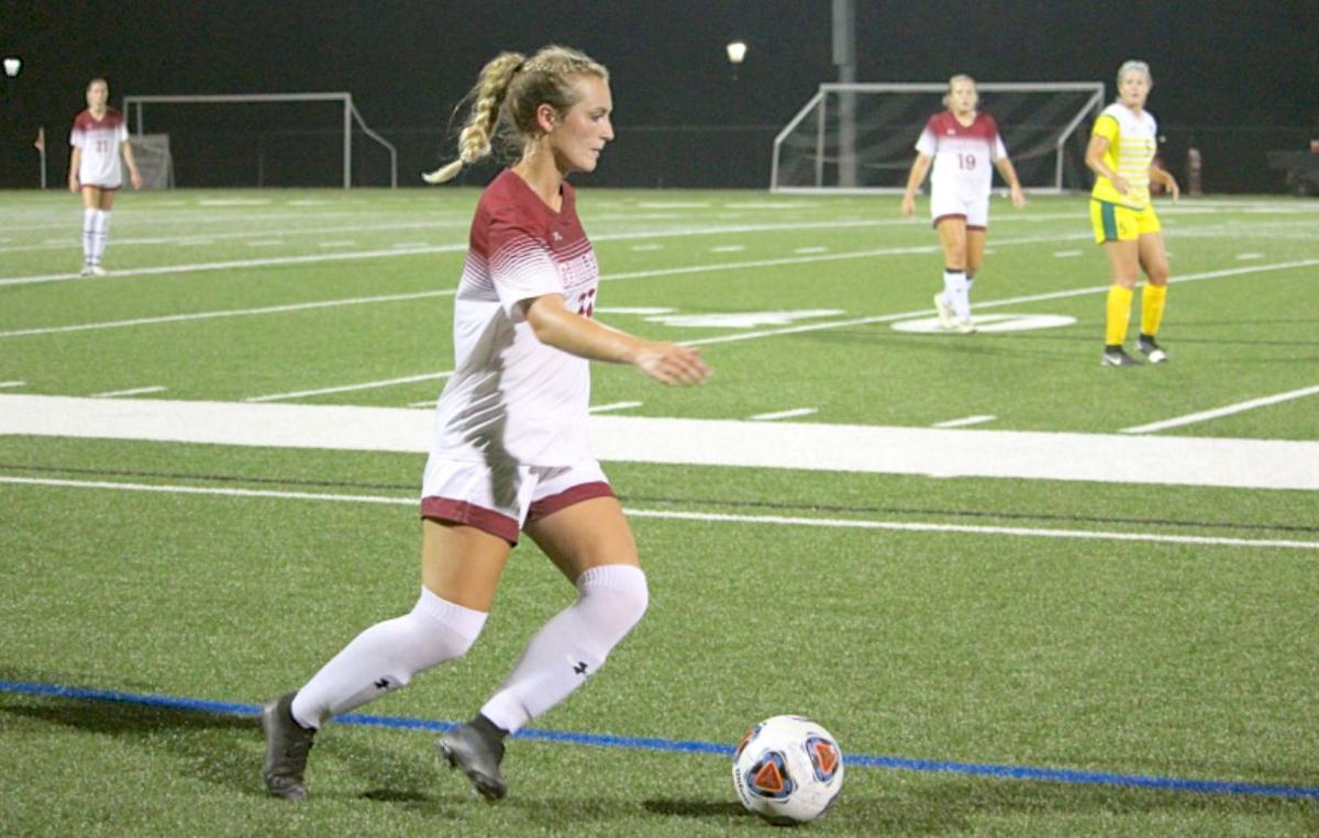 Lizzy Barnes, Guilford soccer