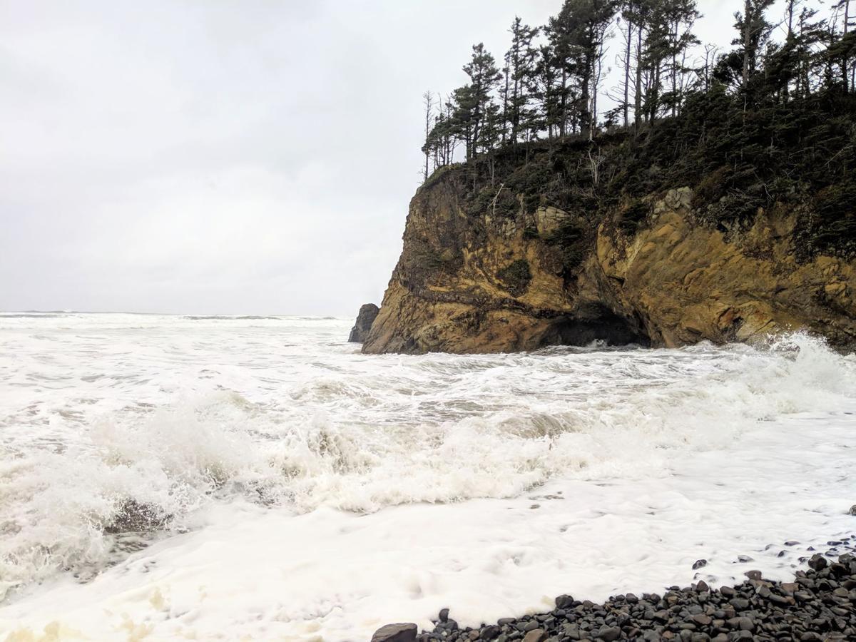 Waves at Hug Point