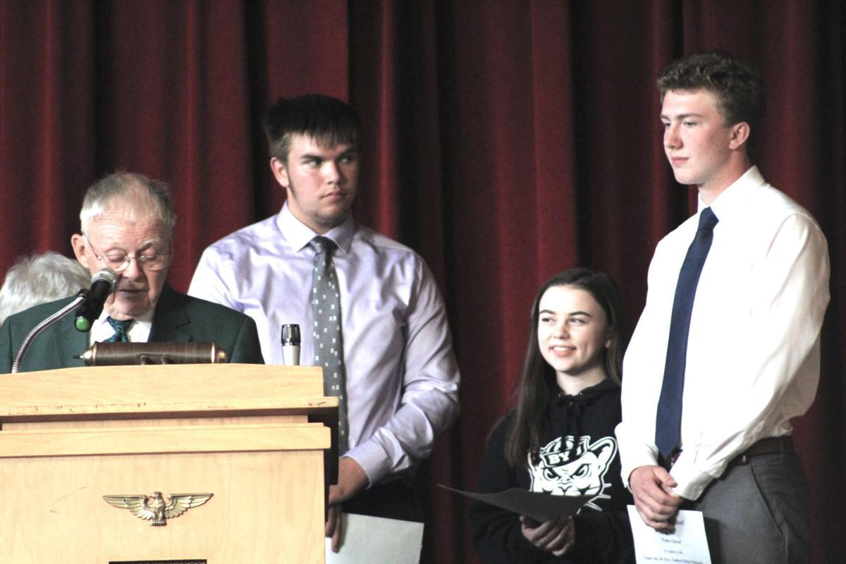 Elks deliver scholarships