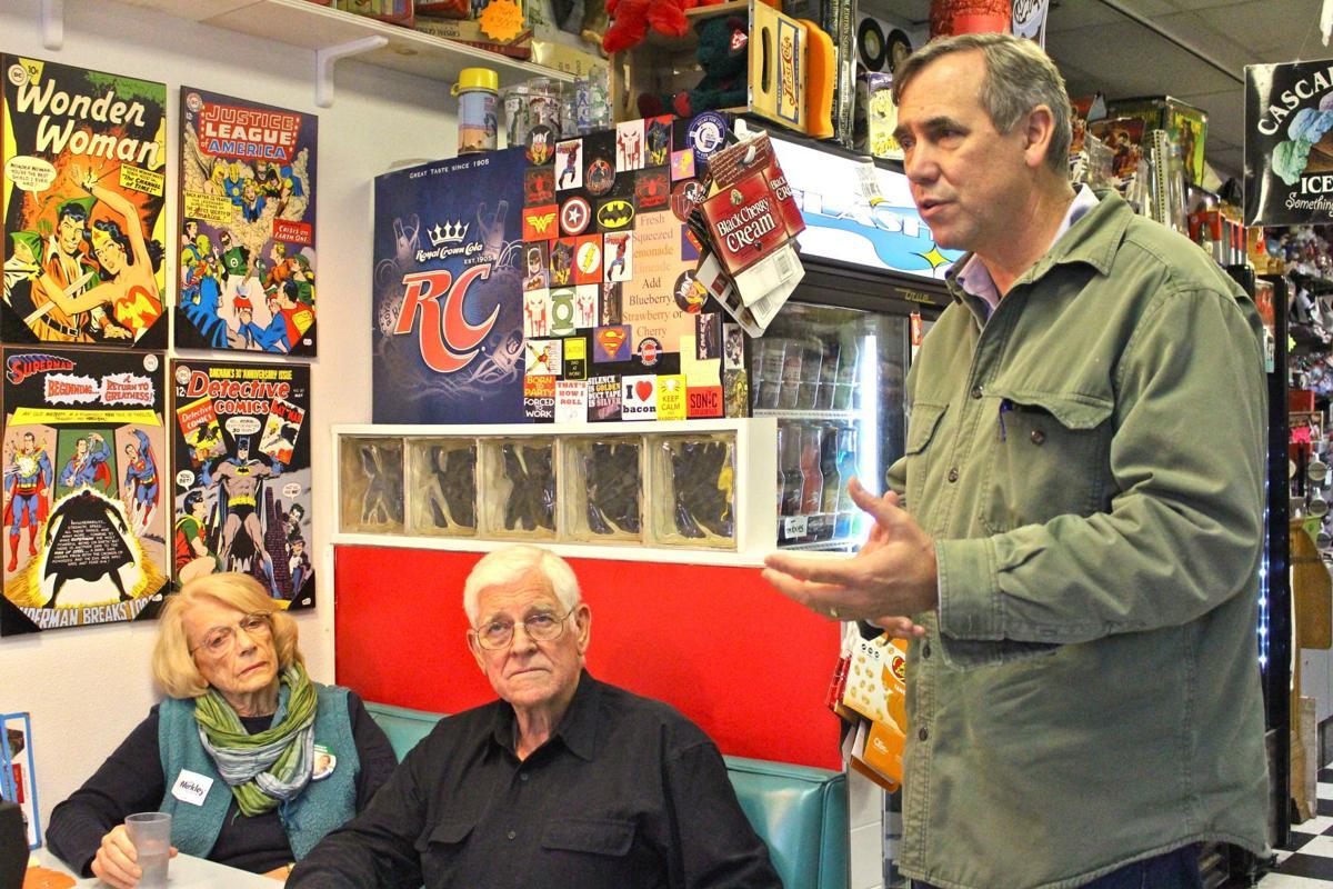 Bonamici, Merkley meet with supporters in Seaside