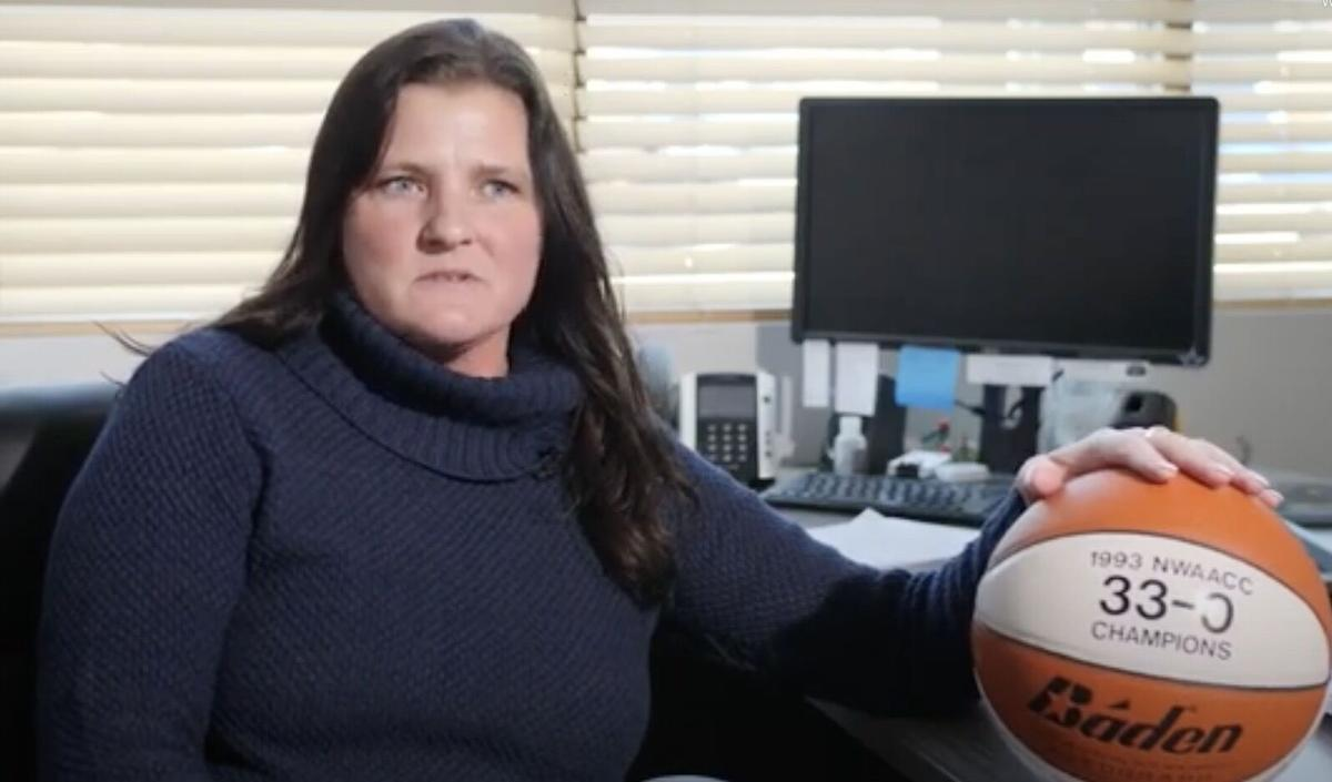 Janie Hogan, Seaside basketball