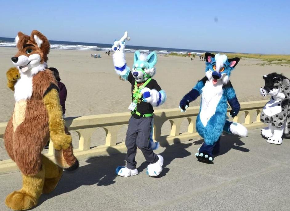 Floofs on the Prom