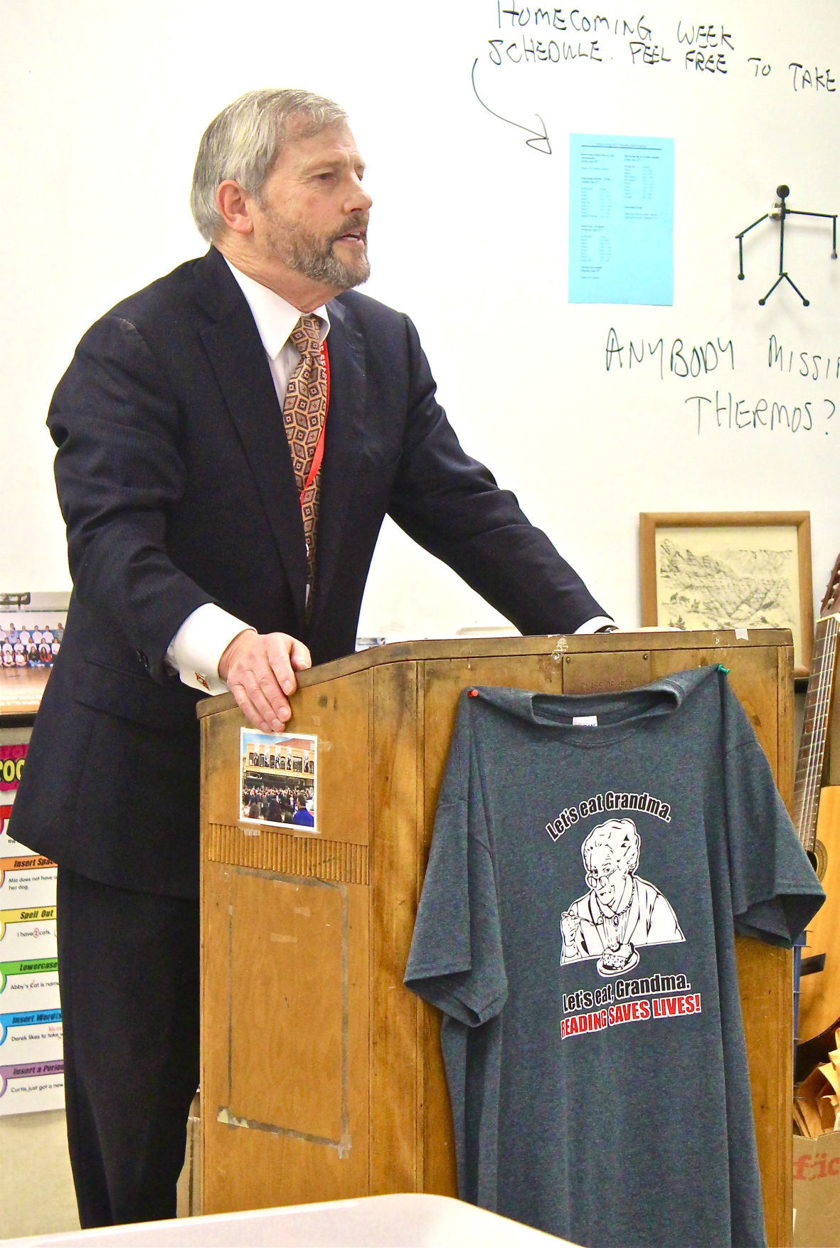 Seaside Hall of Famers talk life, love and war with high school students