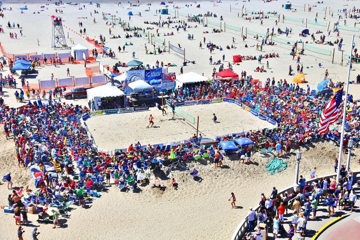 Thousands throng to 'world's largest' amateur beach volleyball tournament