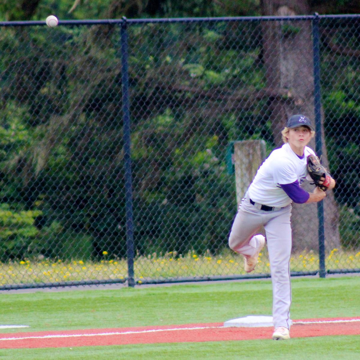 Astoria shuts out Seaside in championship game
