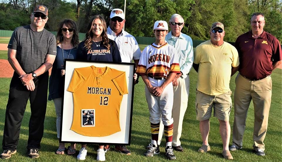 Kendall Veach jersey retired low res.jpg